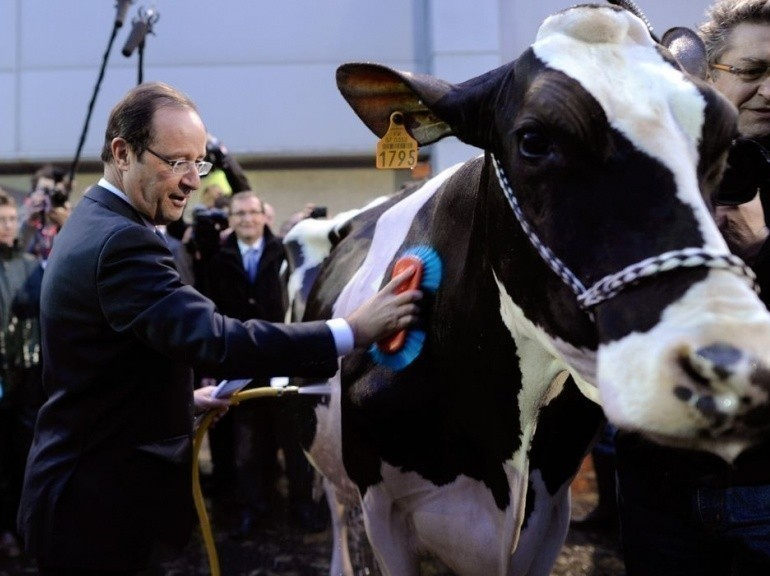 Fran ois hollande au salon de l 39 agriculture alimentation for Hollande salon agriculture